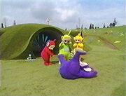 Tinky-Winky being clumsy