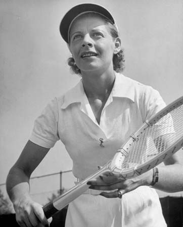 singles in beckwourth World no 1 american tennis player who won 18 grand slam championships (1936–40): 5 in singles, 6 in women's doubles, and 7 in mixed doubles.