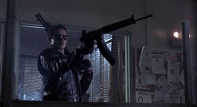 File:Terminator Going to shoot Spas.jpg