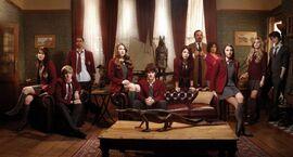 House-of-Anubis-season-1-cast-house-of-anubis-cast-31836234-577-310