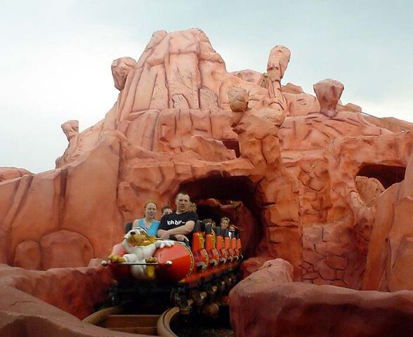 File:Roller Coasterpic 3.jpg