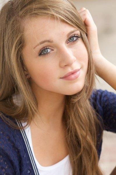 anne winters liv and maddie