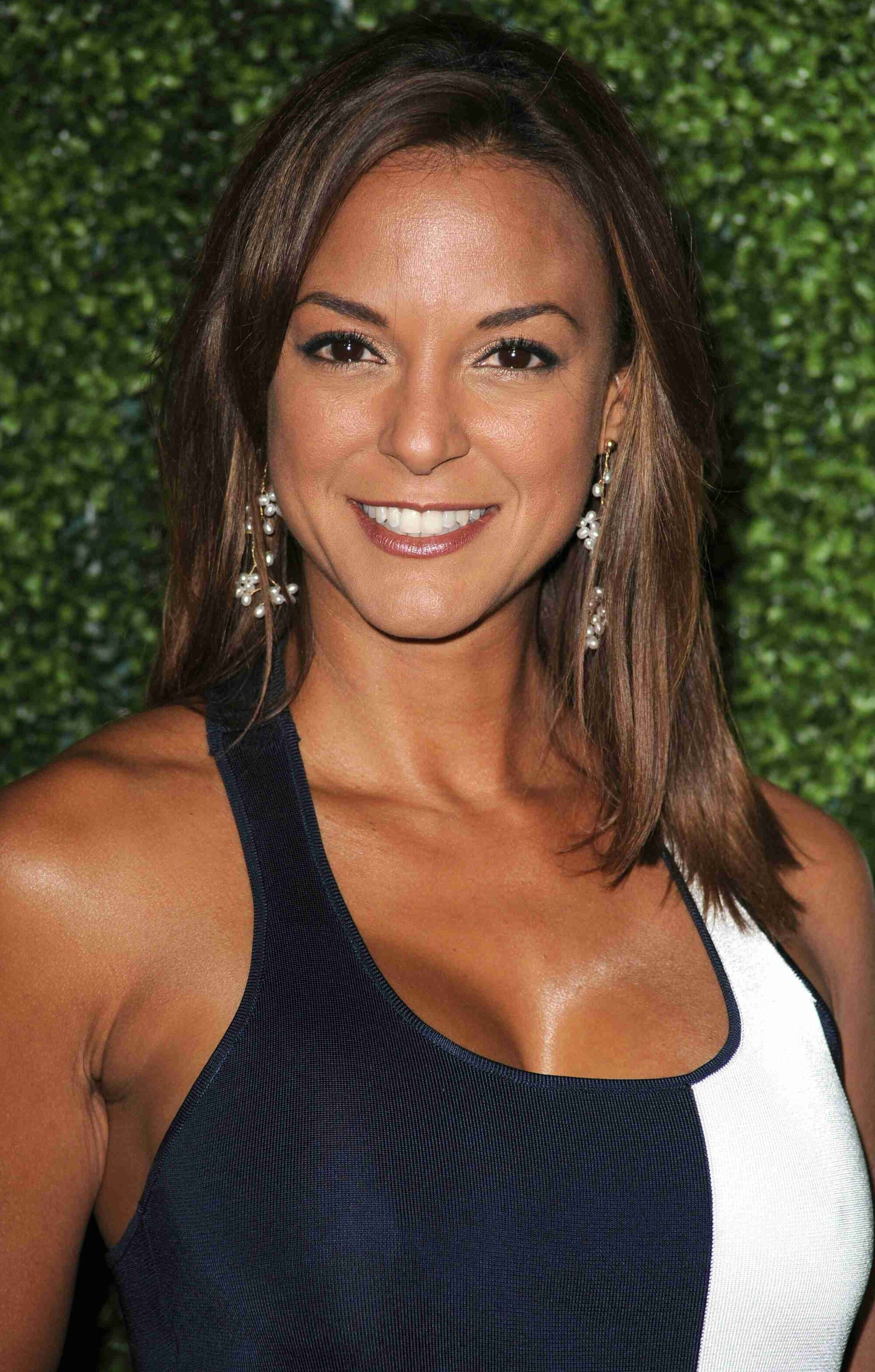 Eva LaRue Nude Photos 86