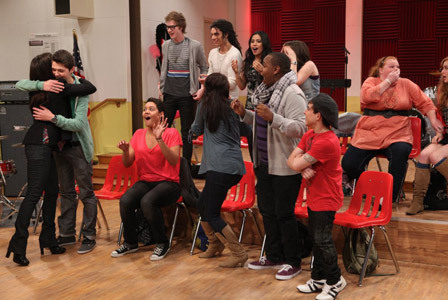 File:Damian-Glee-Project-2nd-Theatricality-.jpg