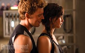 File:Finnick and katniss.png