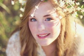 File:296px-Cute flower person-1-.jpg