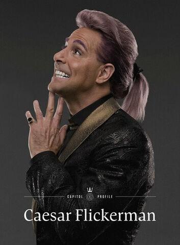 File:Caesar-Flickerman-New-Portrait-the-hunger-games-35303586-368-500.jpg