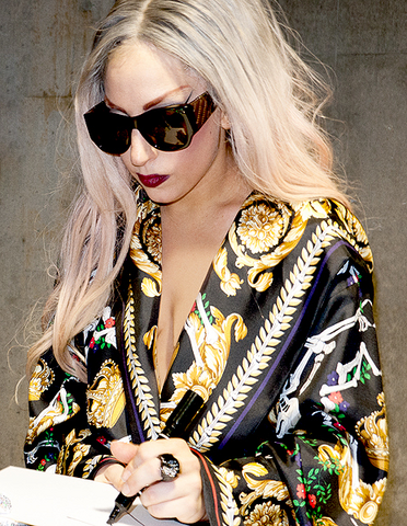 File:Lady Gaga BTWB pn.png