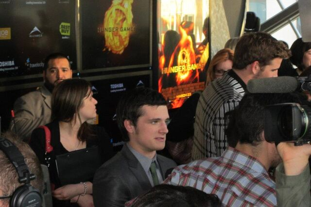 File:Hunger Games Premiere 6.jpg