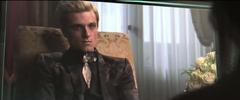 Katniss viendo la segunda entrevista de Peeta.png