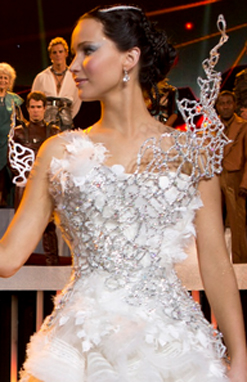 File:Katnisswedding dress.jpg
