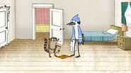 S3E34.093 Mordecai Doesn't Know What to Do