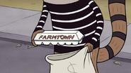 S3E04.214 Farmtown Eggs