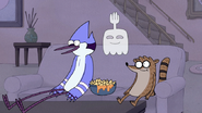 S4E34.021 Mordecai, Rigby, Hi-Five Watching a Movie