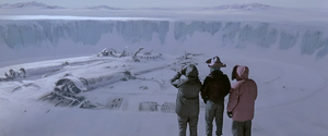 The buried UFO (The Thing -1982)