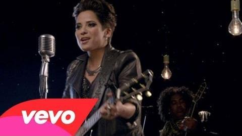 Vicci Martinez - Come Along ft