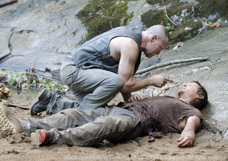 Daryl y merle the walking dead wiki fandom powered by for What does shane maguire do for a living
