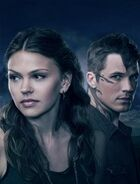 670px-174,500,0,428-Star-Crossed promo picture