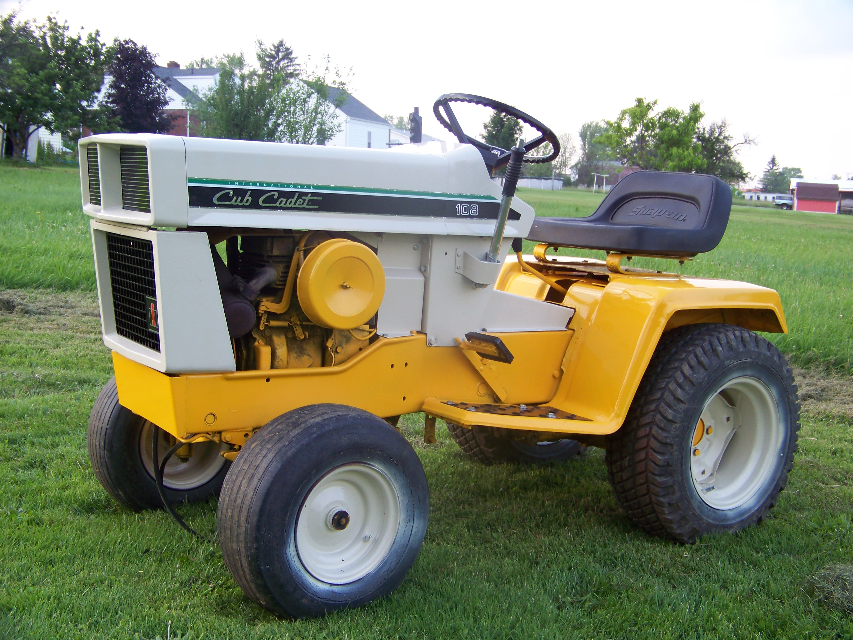 cub cadet garden tractors garden tractor sub super 1706 cub cadet
