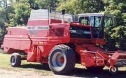 MF 865 combine
