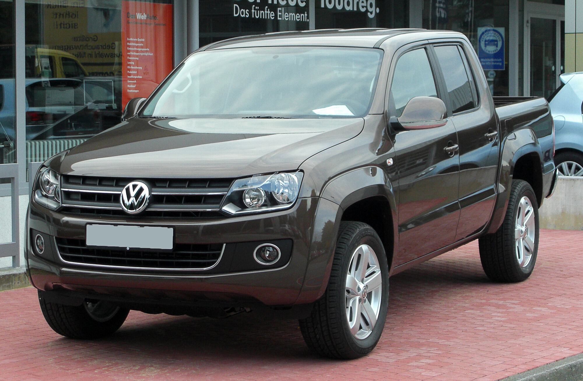 volkswagen amarok tractor construction plant wiki. Black Bedroom Furniture Sets. Home Design Ideas