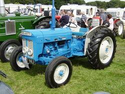 Fordson Super Dexta 9867NU