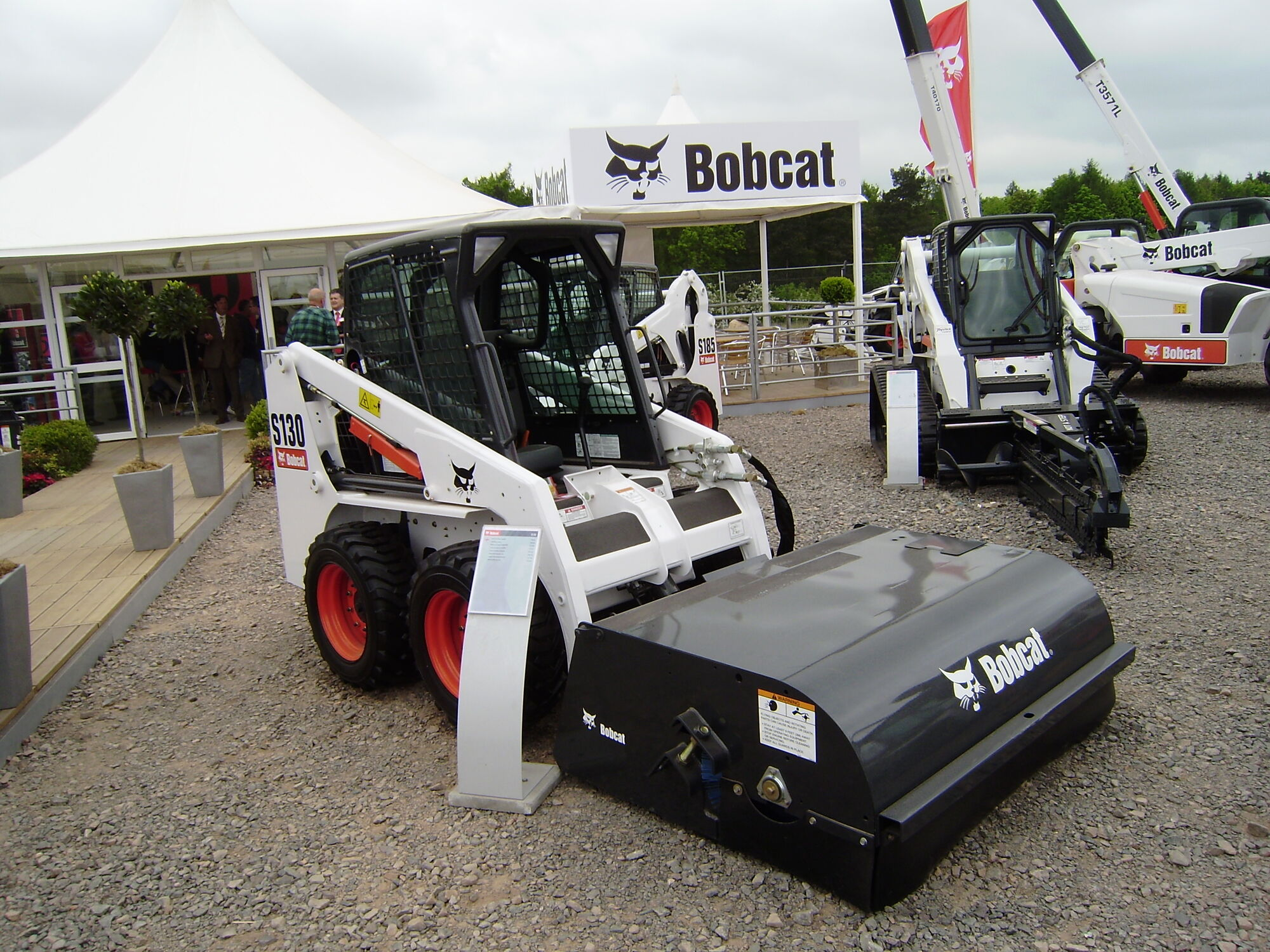 bobcat tractor construction plant wiki fandom powered by wikia