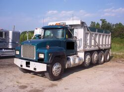 1998 mack rd688 quad axle dump