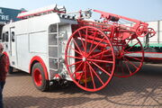 Merryweather fire engine ladder unit at Donnington 09 - IMG 6184small