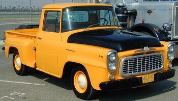 International 1960 B-100