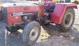 Case IH 585 orchard