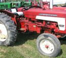 International Harvester 424