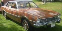 '73 Ford Maverick Sedan (Auto classique Laval '10)