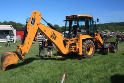 JCB 3CX sitemaster at Belvoir 2010 - IMG 2981