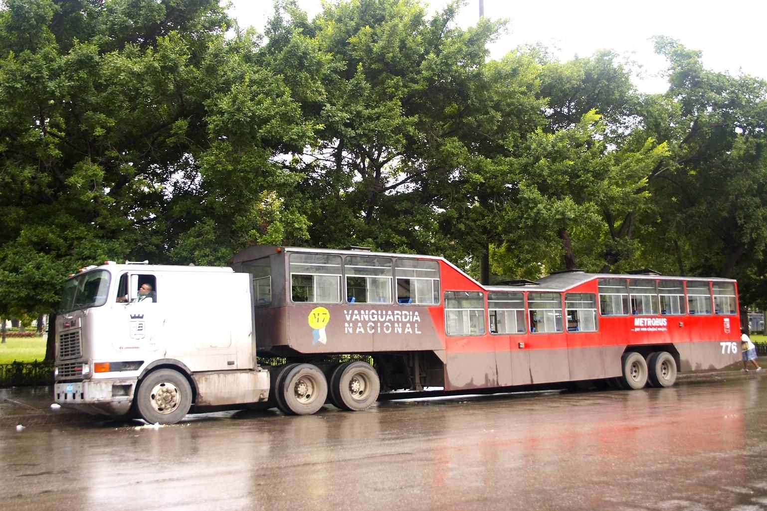 Прижимания полный автобус 6 фотография
