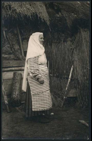 Kobieta-w-namytce-Lipowo-bialorus.png