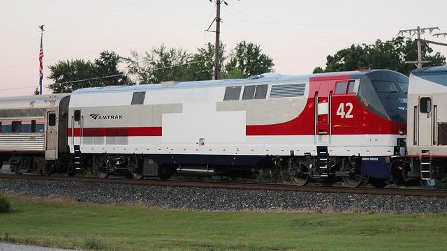 Amtrak_42_Chicago_full_frame_IMG_3888 | Tracking the Light
