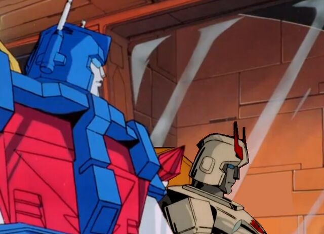 File:Ultra Magnus en Prowl in de shuttle.jpg
