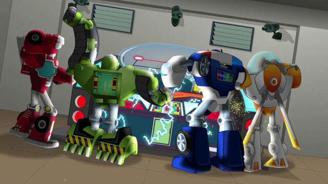 File:VigilantTown Rescue Bots bash Vigil.jpg
