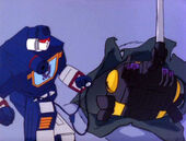 G1 InsecticonSyndrome Bombshell Soundwave