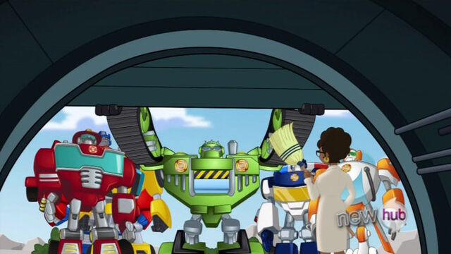 File:ItsABotTime Bots reach time machine.jpg