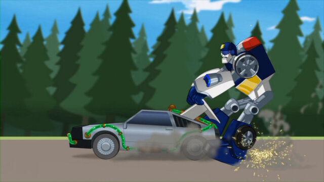 File:Hotshots Chase stops car.jpg