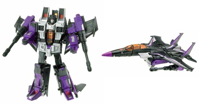File:Classics Skywarp toy.jpg