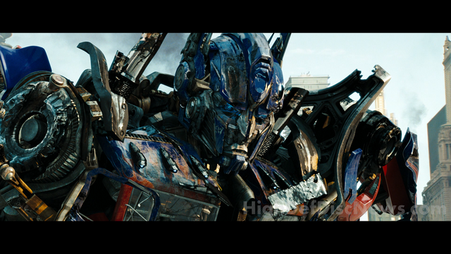 File:Dotm-optimusprime-film-chicago-lastfight.png