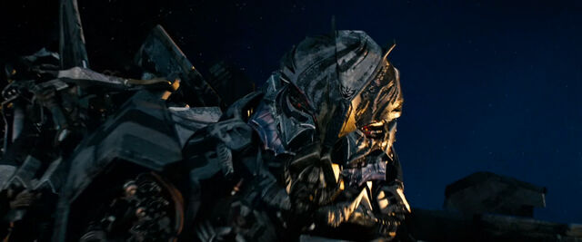 File:Dotm-starscream-film-orbit.jpg