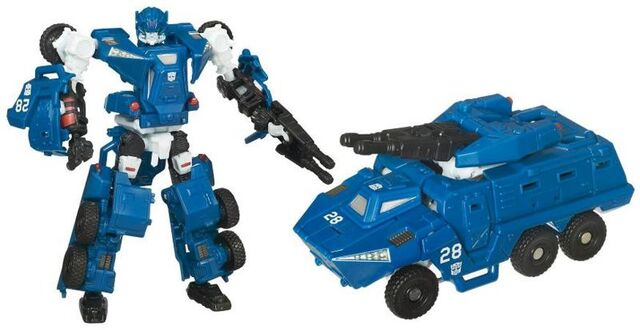 File:Tf(2010)-breacher-toy-scout.jpg