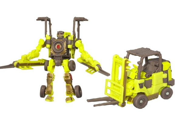 File:Rotf-dirtboss-toy-scout.jpg