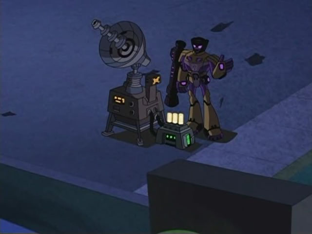 File:Swindle and weapon.jpg