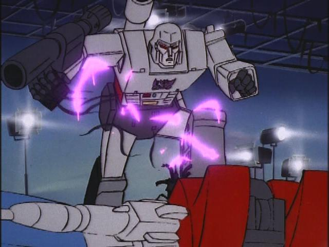File:HoistGoesHollywood Starscream offline.JPG