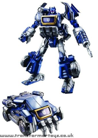 File:Wfc-soundwave-toy-deluxe.jpg